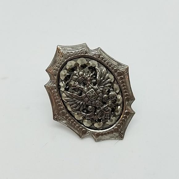 GASOLINE GLAMOUR Jewelry - Rhinestone double eagles mini ring sample 🦅🦅